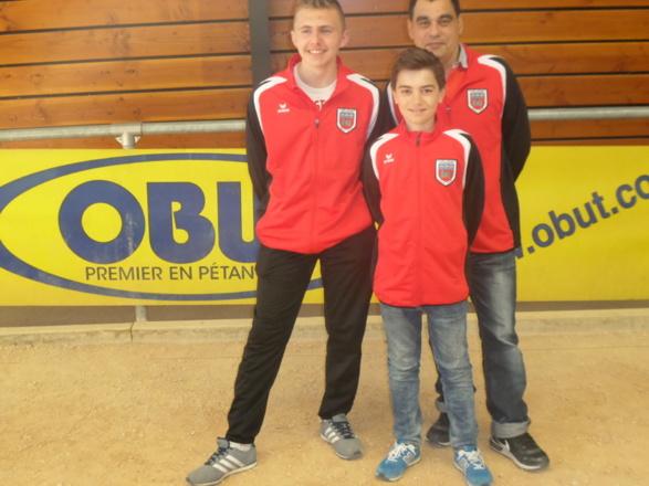 Nos cadets Champions doublette JACOB Yohann et DUMONT Dorian et leur entraineur et coach DUPEUBLE Laurent
