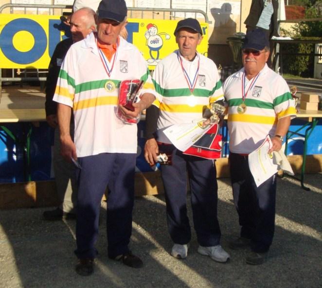 CHINOUR Albert,GERBOU Michel,JUNGER Jean-Marie(Cornille)CHAMPIONS DE LIGUE triplette vétéran.