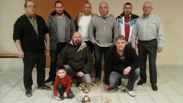 USF Pétanque : Elu meilleur club de la ville 2014.