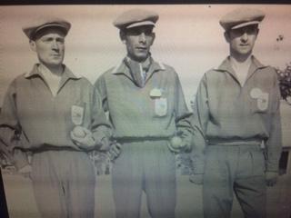 Look incroyable pour les jeunes Champions de France Jeu Provençal 1959 à Perpignan, Jean Cantarel, Pierre Gilloux et Elie Vian (Photo Site M Lambert)