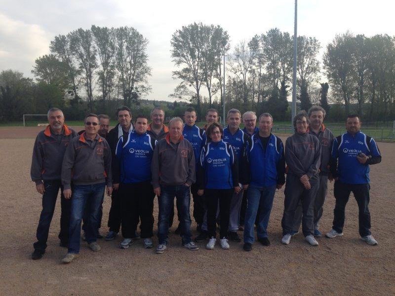 ASPTT : Alain, Patrick, Patrick, Jean-Paul (coach), Serge ,Daniel, Yves, Corinne, Patrice