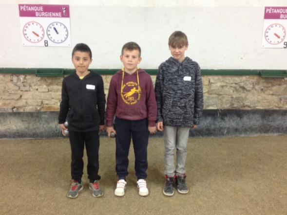 Les finalistes Belleysans avec de gauche à droite : Gauthier Pin-Monnier, Antonin Lachize, Joeffrey Bricoup