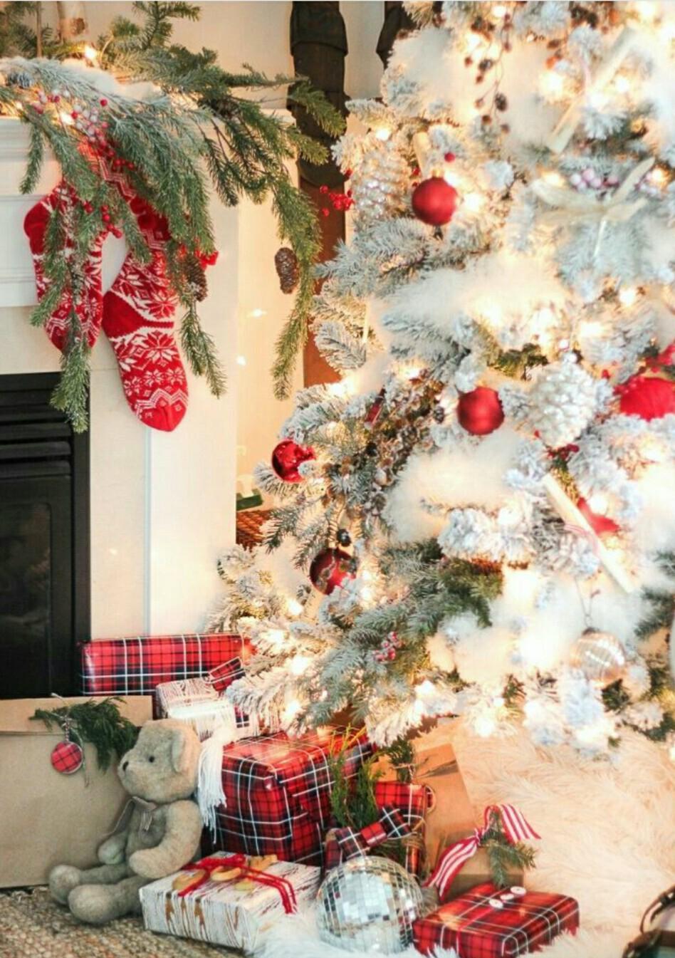 Joyeux Noël et bonnes fêtes à toutes et tous Le pétanque club de Cours-la-ville