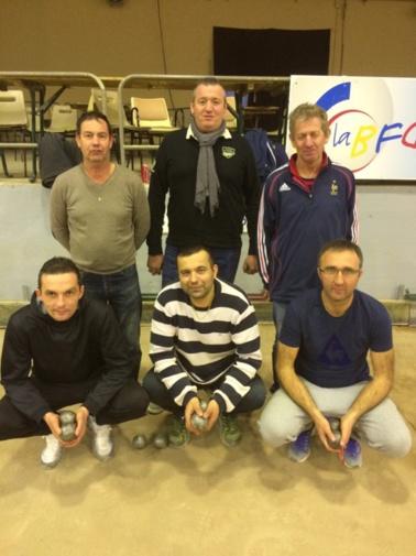 ESCAMILLA-BOREL-ANFOSSI (debouts) vainqueurs