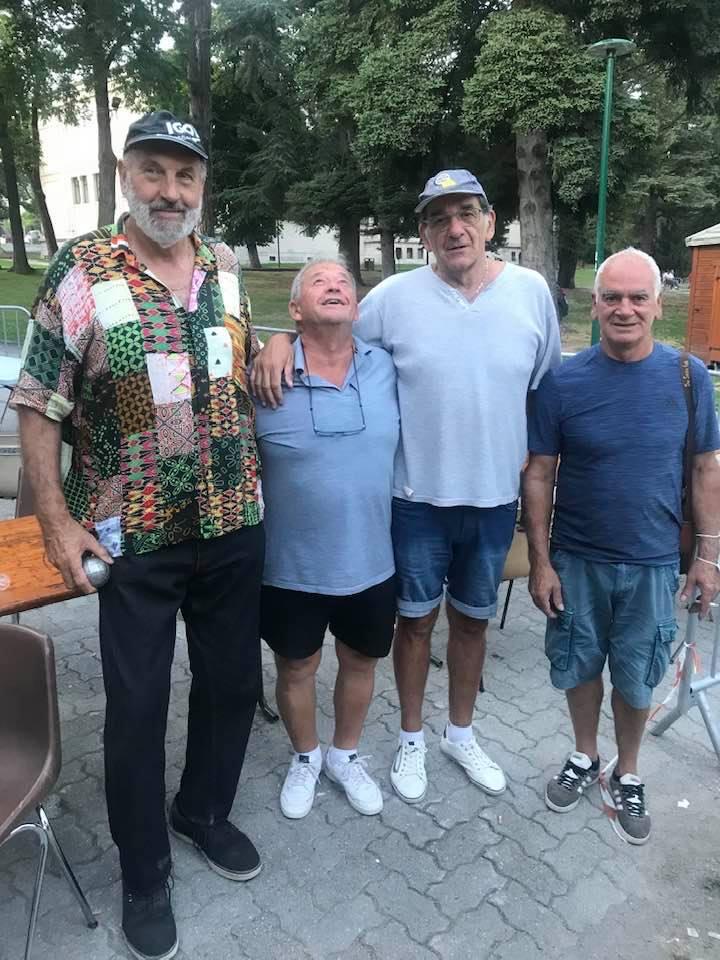LES EQUIPES Christian COLONNA - Alain AGNES ( tête en l'air) et AMAR Jean-Marc avec DOS SANTOS José