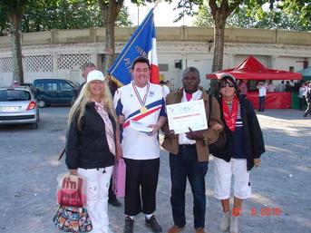 La DOUBLETTE FEMININE EN COMPAGNIE DU CHAMPION DE FRANCE TAT (KEVIN PHILIPSON)à SOUSTONS (40)