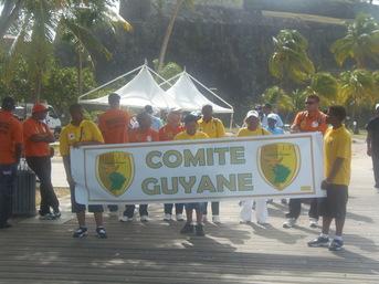 La Délégation de la Guyane ouvrais la marche du défilé...