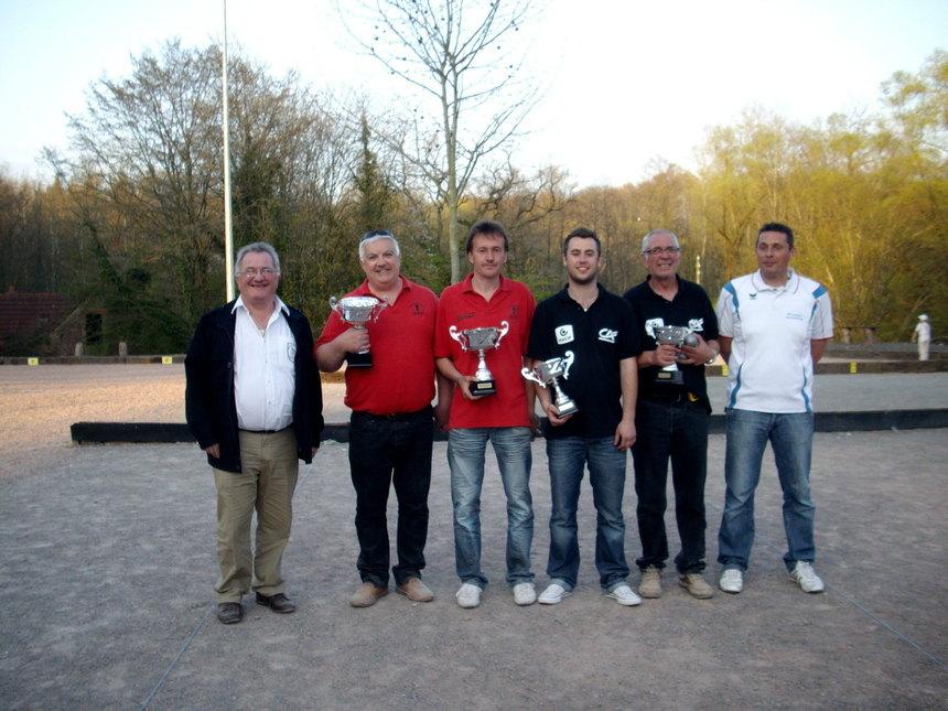 Championnat de la Nièvre Doublettes Seniors 17-18 Avril 2010