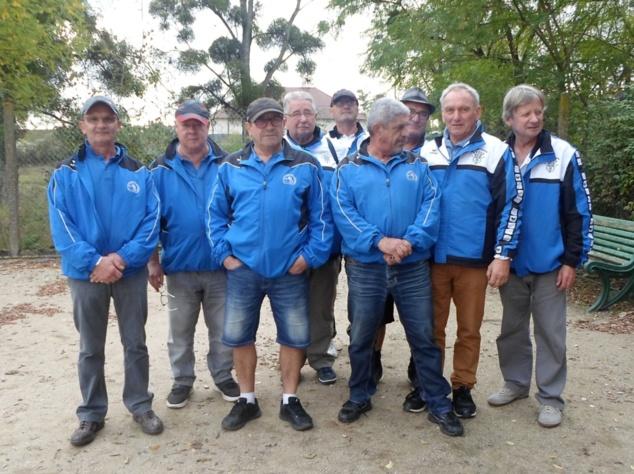 D2 vétéran: Aubigny (veste bleue et blanche) - Orval