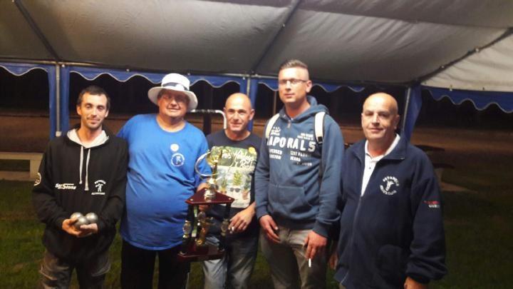 photo de la demi-finale avec notre ami didier RAFFESTIN (à droite)