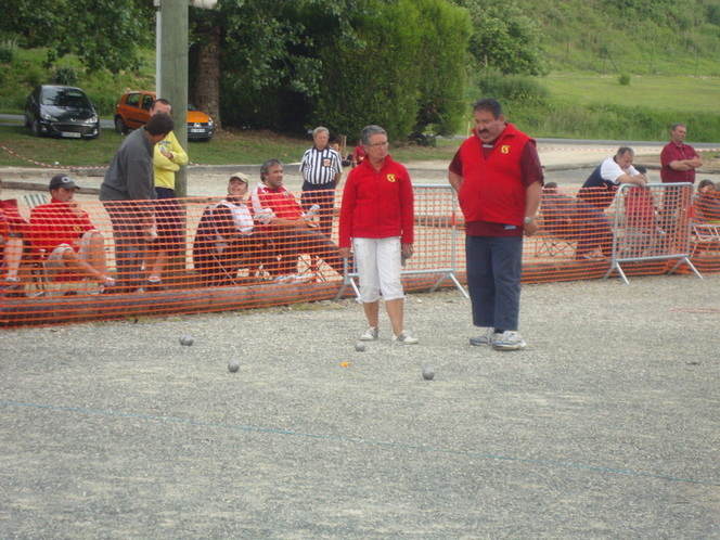 Le Pétanque Club de la double se distingue à La Tour Blanche.