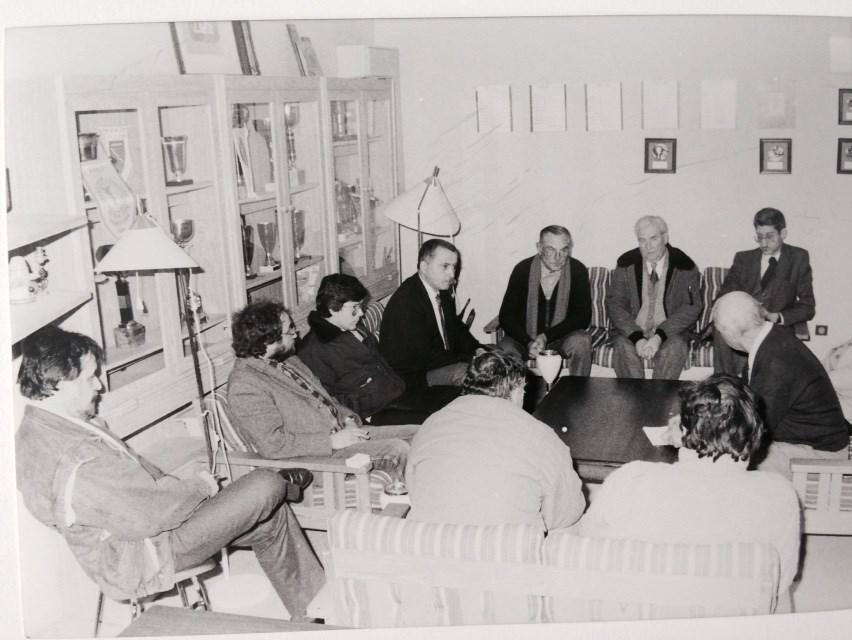 R union de bureau 1987 historique palmares galerie sainte genevieve des bois petanque - Au bureau saint genevieve des bois ...