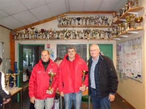 Norbert et René (SVCP), vainqueurs du Vétéran avec J.M. Vilain