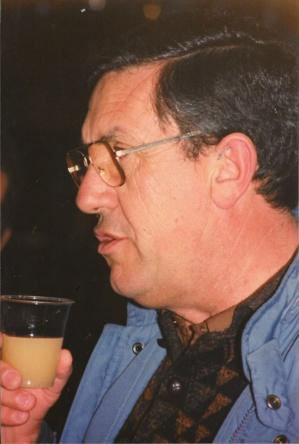 Guy lors d'un pot anniversaire en 1989