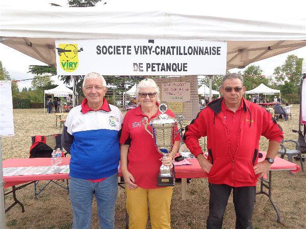 Alain, Christiane et Bruno ont assuré la tenue du stand SVCP à la FAB