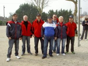 L'équipe SVCP 2 : Stéphane Birolleaud, Franck Renard, Étienne Mazzoni, Gilbert Castor, Bruno Gey (Sélectionneur / Coach), Annie Petit, Abdelaziz Amessis