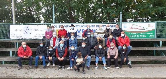 Les participants de l'UNRPA, du CME et de la SVCP, tous masqués