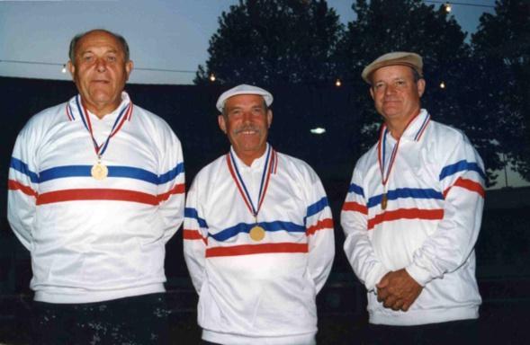 Les champions de France vétérans 1996 > Emile KOENIG - Antoine FAZZINO - Jean-Pierre BERTHET