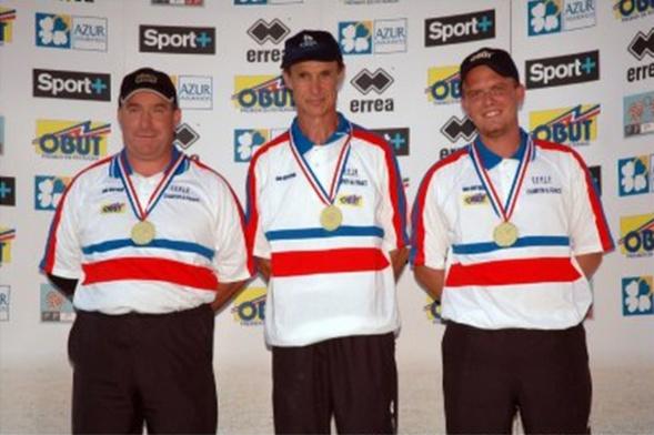 Les champions de France corporatifs 2006 > Pascal DACRUZ, Serge BERTHET et Ludovic MONTORO