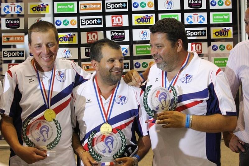 Les champions de France triplettes 2010 > Philippe SUCHAUD, Henri LACROIX et Philippe SUCHAUD