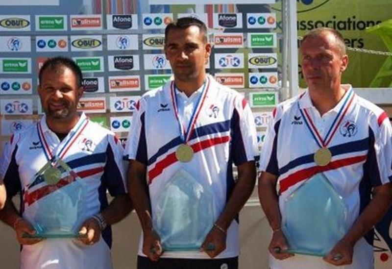Les champions de France triplettes au Jeu Provençal  2011 > Henri LACROIX, Anthony KERFAH et Thierry TERRENO